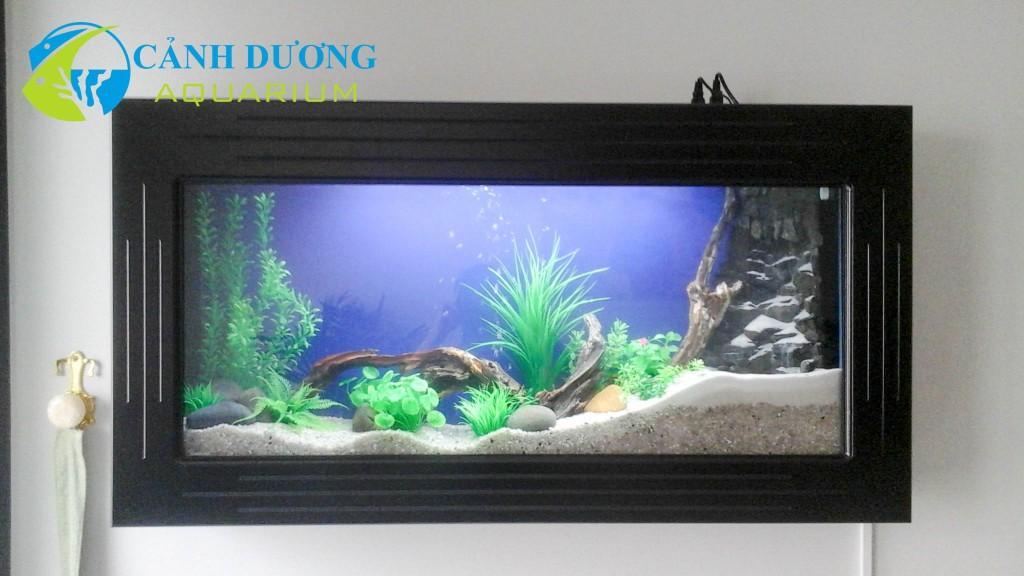 Hồ cá treo tường 67