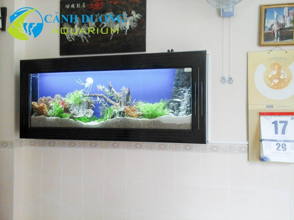 Hồ cá treo tường 71